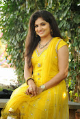 New Actress Noorjahan Photos in Yellow-thumbnail-7
