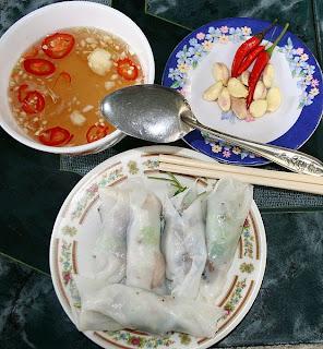 Bánh cuốn, plat populaire du Vietnam