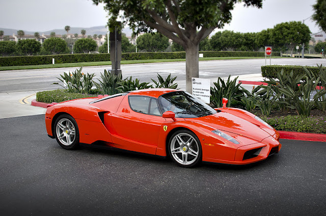 Gambar Mobil Sport Ferrari Enzo 27