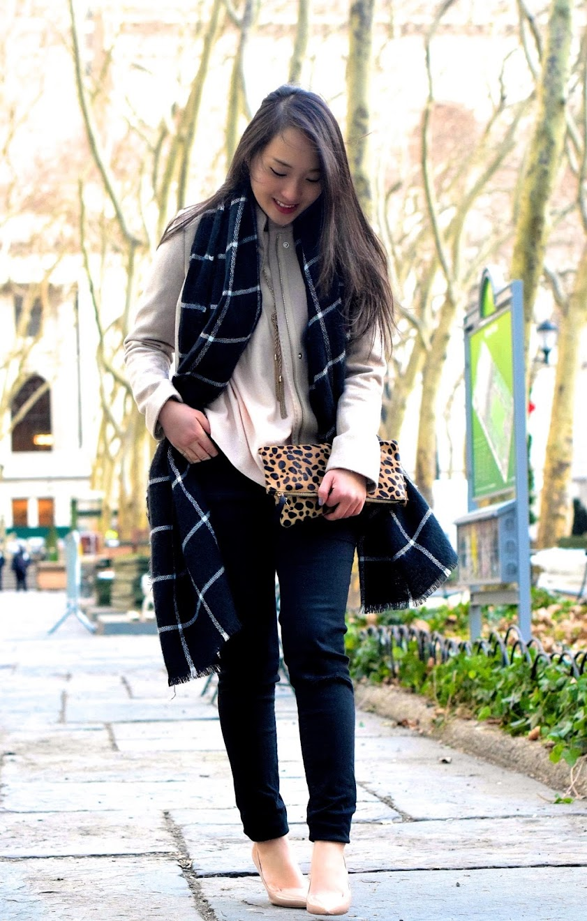 https://aretastylesecrets.wordpress.com/2015/01/13/stroll-through-bryant-park/