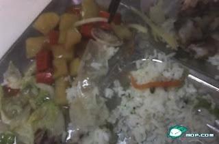 nasi lauk kondom,nasi berlaukkan kondom,makan nasi dengan lauk,makan nasi dengan kondom,china makan nasi,nasi kondom