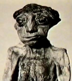 La momia india de 15 cm Momia+15+cm