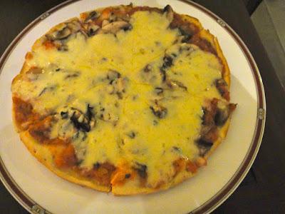 Gorgonzola Pizza Aston Tanjong Benoa Room Service