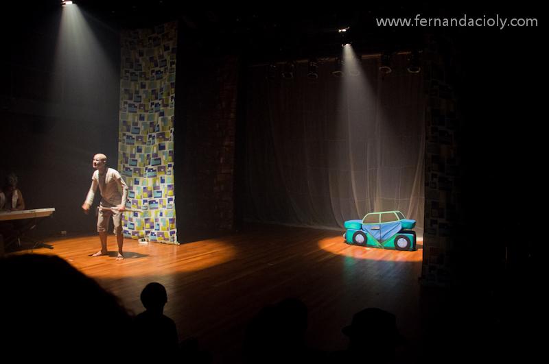 Teatro   Segunda Apresenta    O  A Terra Dos Meninos Pelados