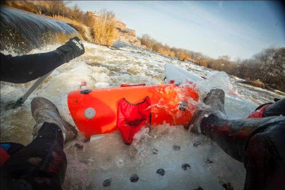 Inflatable frame on Beaver cataraft