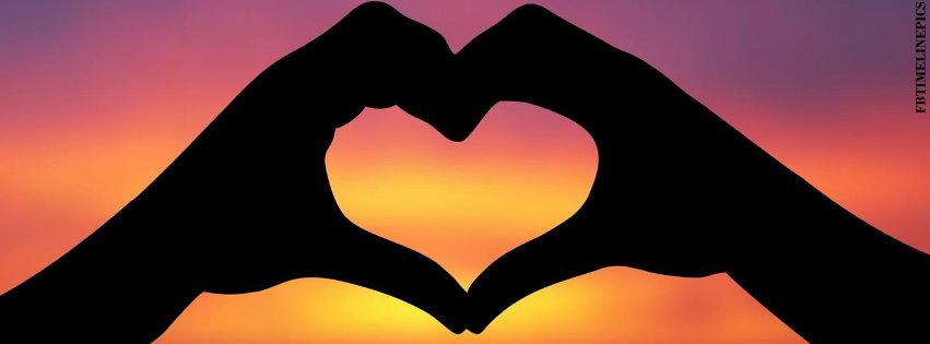 Καρδια στο ηλιοβασιλεμα