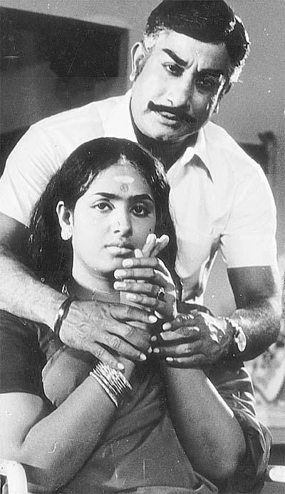 Shivaji Ganesan & K.R. Vijaya in 'Thangappathakkam' Movie