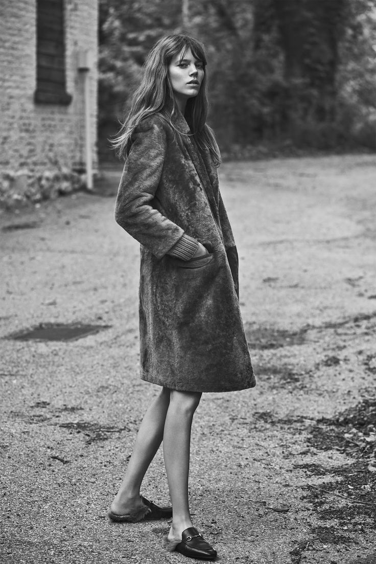 Freja wearing loafers, how to wear loafers