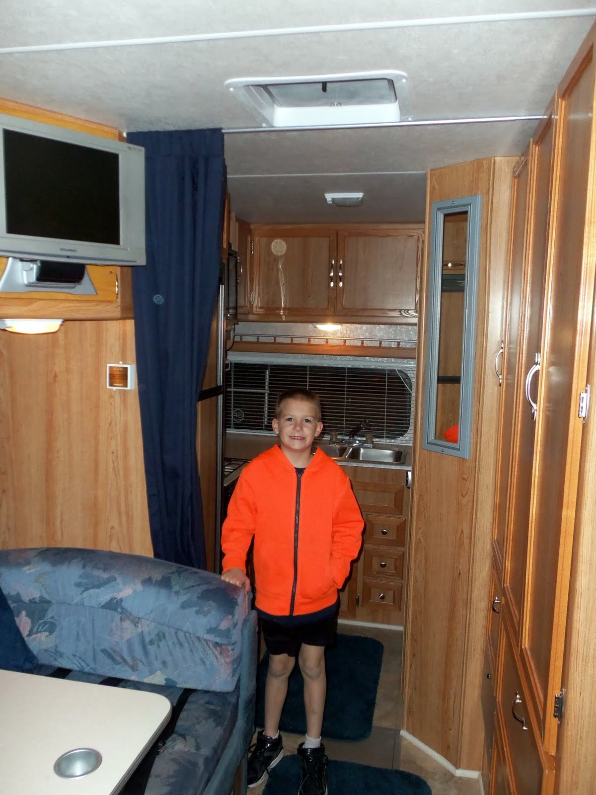 motorhome dealers