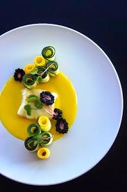 Branzino in crema di limone e insalata di zucchine