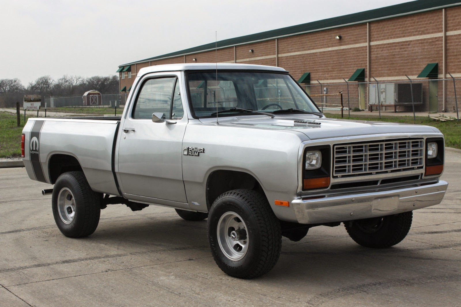 1982 dodge power ram royal se w150 pickup truck