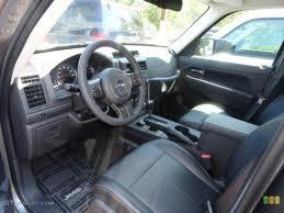 Jeep Liberty Latitude Interior Photo