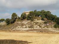 Baixant de l'ermita de la Mare de Déu del Roser de Barnils