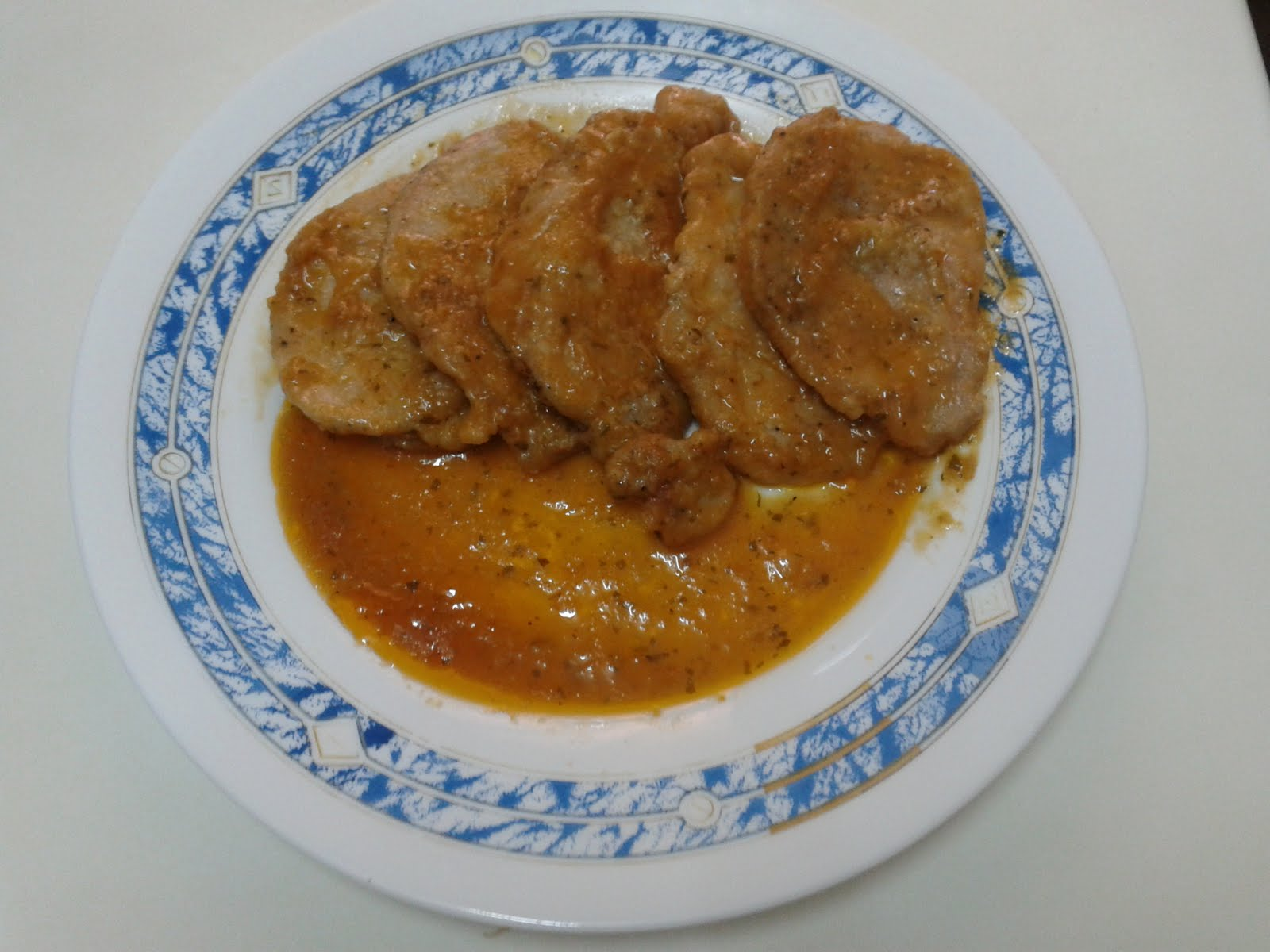 Recetuqueando filetes en salsa de manzana - Filetes de carne en salsa ...