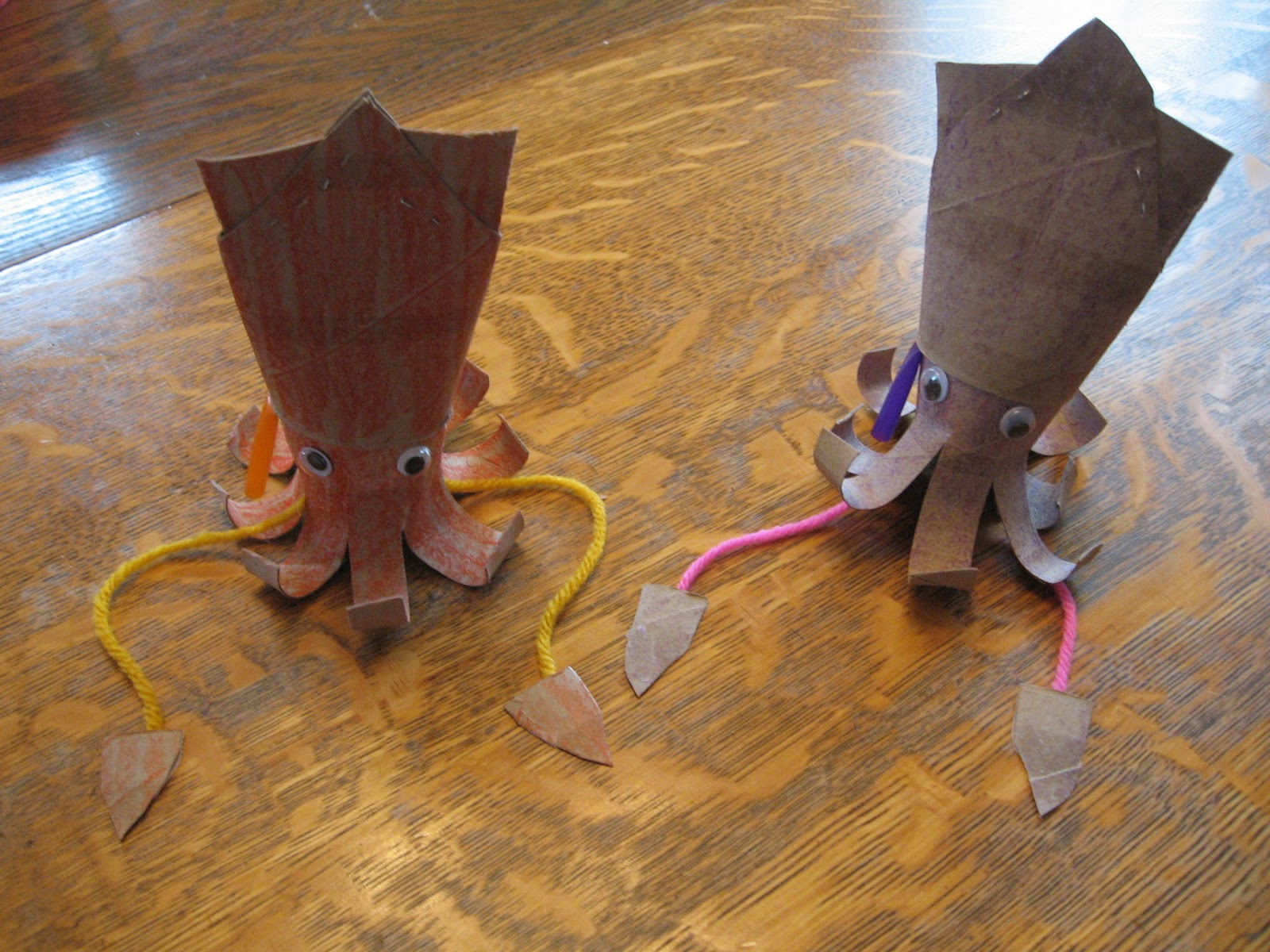 Almost unschoolers science craft toilet paper tube squid for Toilet tissue crafts
