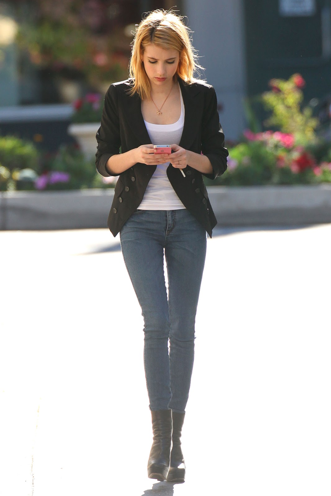 Emma Roberts Fashion