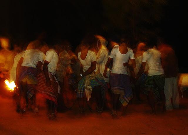 adivasi dancers