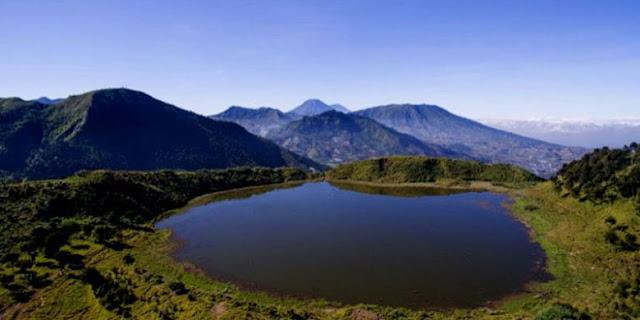 Wisata Telaga Dringo di dataran tinggi Dieng.