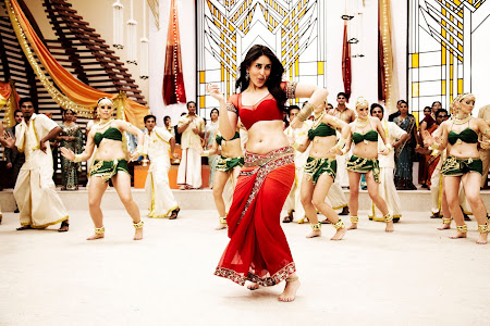 Kareena Kapoor Chamak Challo Girl