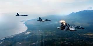 Ini Detik-detik Pesawat AS Dipaksa Mendarat Oleh Sukhoi TNI AU di Tarakan