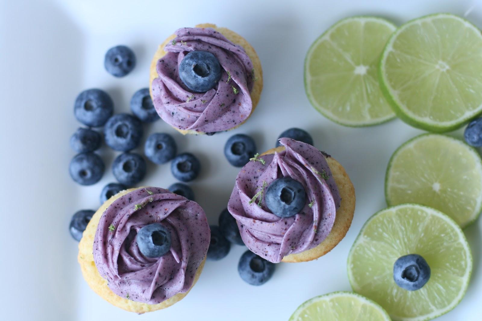 Week of Menus: Blueberry Lime Cupcakes: On taking drugs