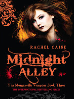 Book cover of Midnight Alley (Morganville Vampires #3) by Rachel Caine