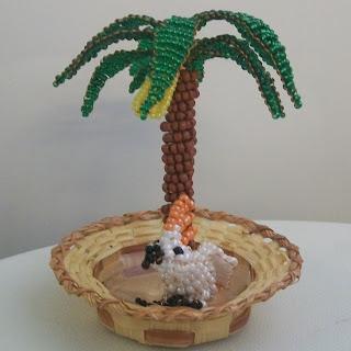 Банановое дерево из бисера