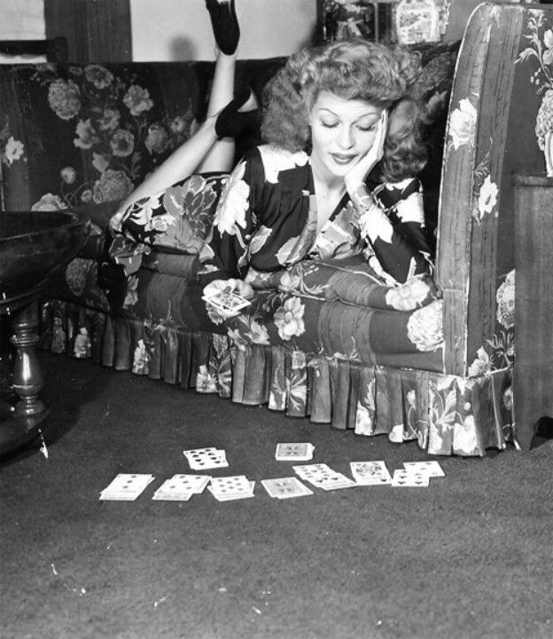 Mid-Week Inspiration: Rita Playing Solitaire via Bobbins and Bombshells