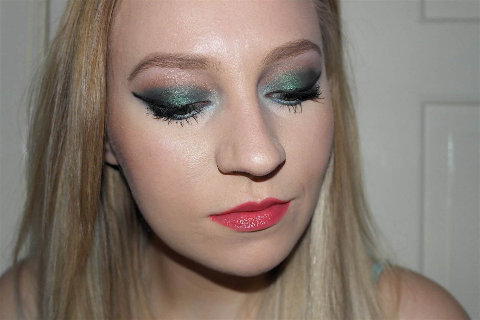 Summer mermaid eye look
