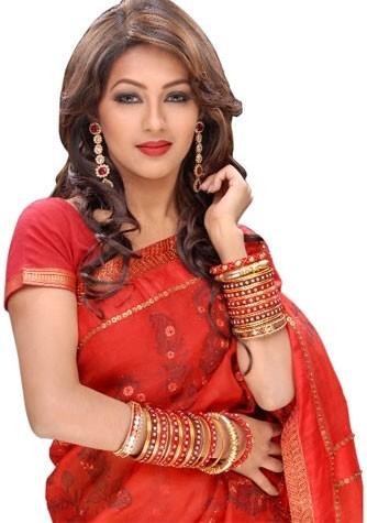 Pussy Bangali far