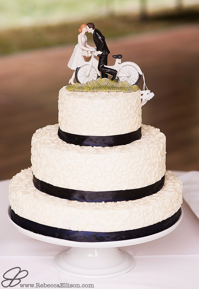 Gluten Free Wedding Cake - Posted by Patricia Stimac, Seattle Wedding Officiant
