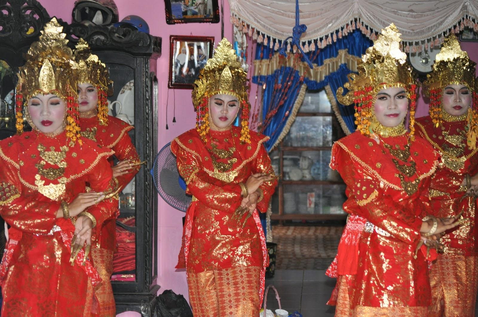 Unsur-Unsur Estetis Tari Tanggai | Sumatera Selatan