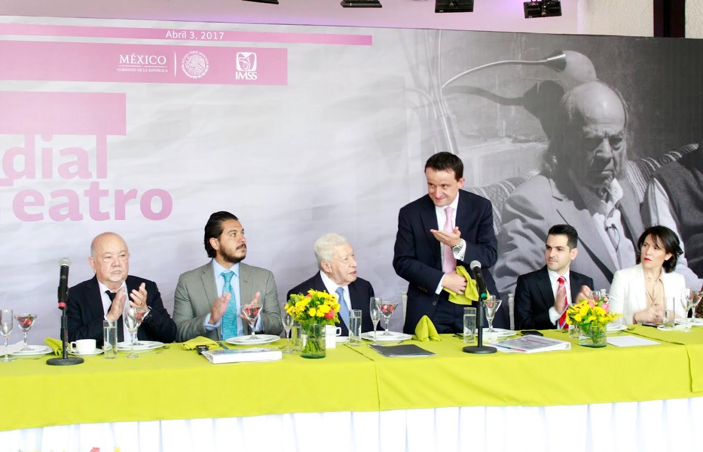 MIKEL ARRIOLA ANUNCIA LA REACTIVACIÓN DE LA RED DE TEATROS DEL IMSS
