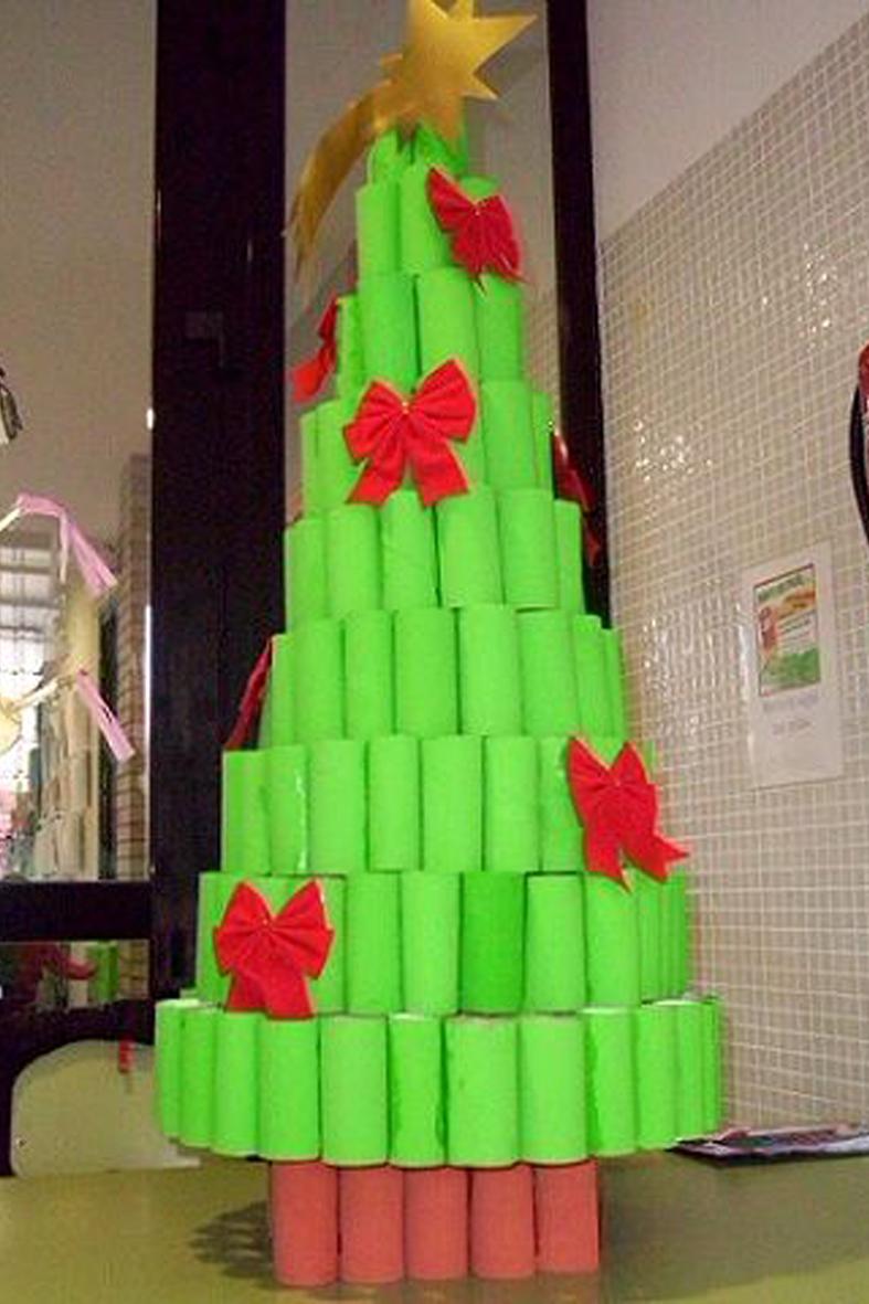 Detallelogia rboles de navidad reciclando papel - Arbol de navidad infantil ...