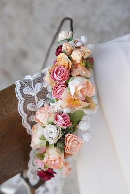 brzoskwioniowy wianek, wianek z róż, ślub, wesele