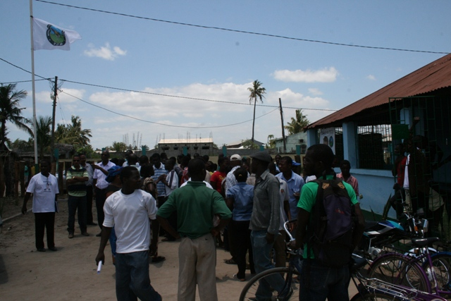 Aeroporto De Quelimane : Eyewitness em quelimane stae partidarizado enfatiza o mdm