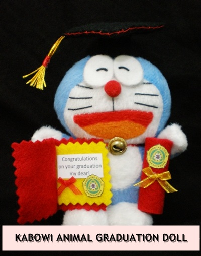 kabowi produsen boneka wisuda plakat souvenir graduation