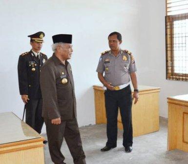 UPT SAMSAT P.SIDIMPUAN DI RESMIKAN DENGAN TARGET 45 M