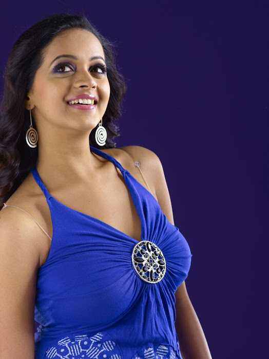 bhavana spicy new , bhavana new cute stills