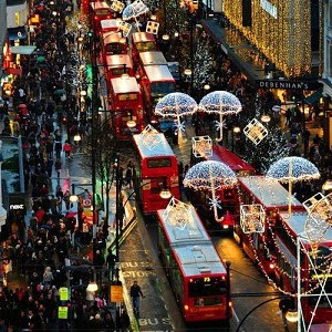 Oxford street christmas shopping, A Mum in London