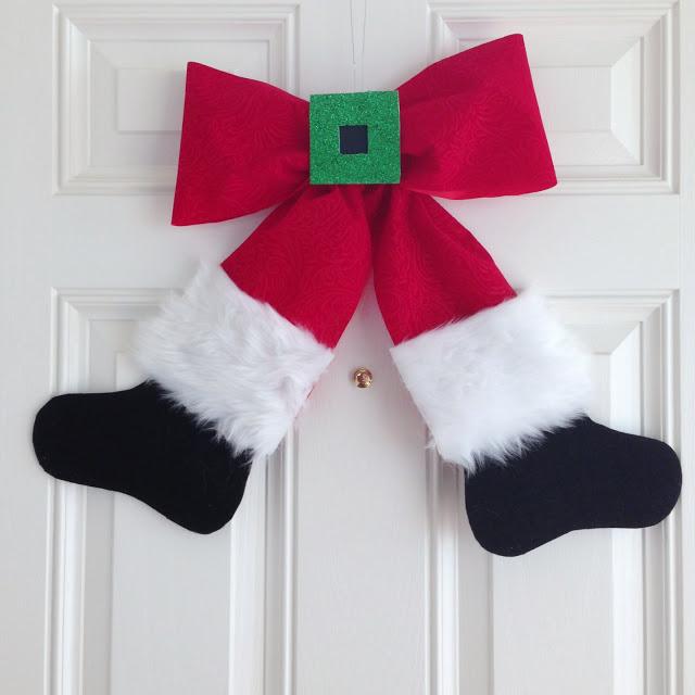 Haz un adorno navide o para la puerta con figura de santa for Adorno navidad puerta entrada