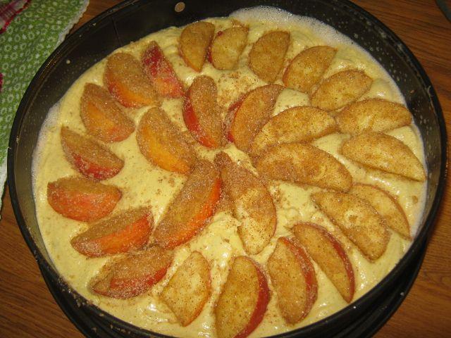 Tante Sød: Naboens æblekage m/kanel og abrikos