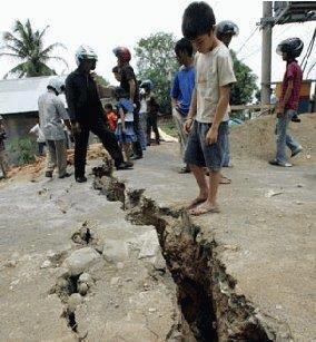Dua Umar Dan Gempa Bumi [ www.BlogApaAja.com ]