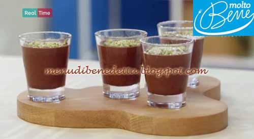 Bicchierini di mousse al cioccolato ricetta Parodi per Molto Bene su Real Time