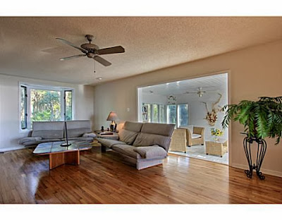 http://www.trulia.com/property/1000430412-134-Schley-Ave-Savannah-GA-31419