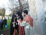 La benedizione di Padre Tovma Khachatryan e Padre Garnik Mkhitaryan