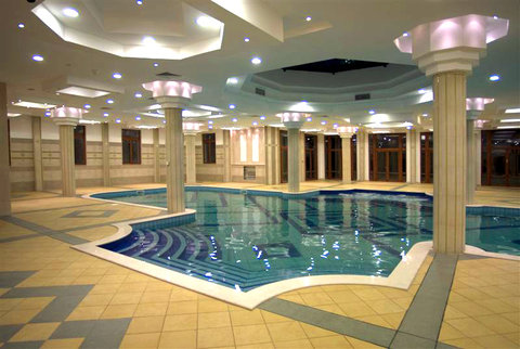 Swimming pool designs indoor swimming pools - Best pool designs ...