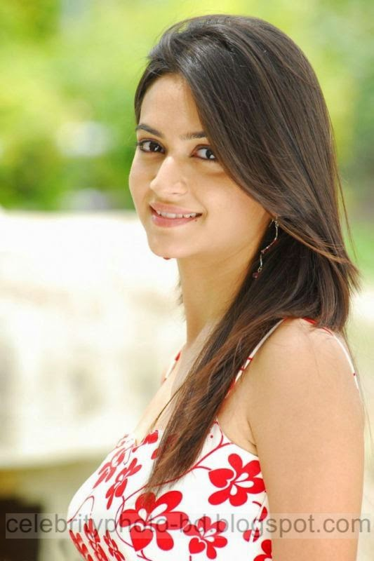 Actress%2BKriti%2BKharbanda%2BHot%2Band%2BSpicy%2BStills%2BPhotos%2BCollection001
