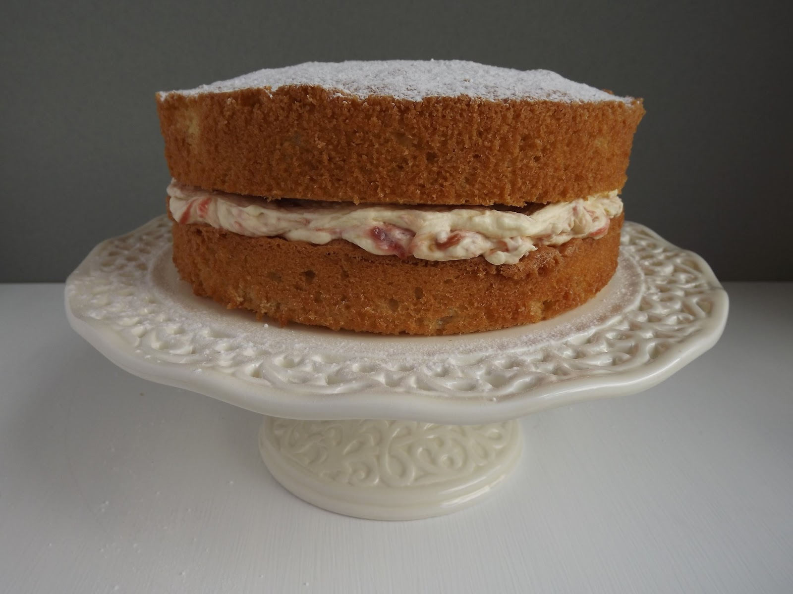 Stewed Rhubarb Sponge Cake