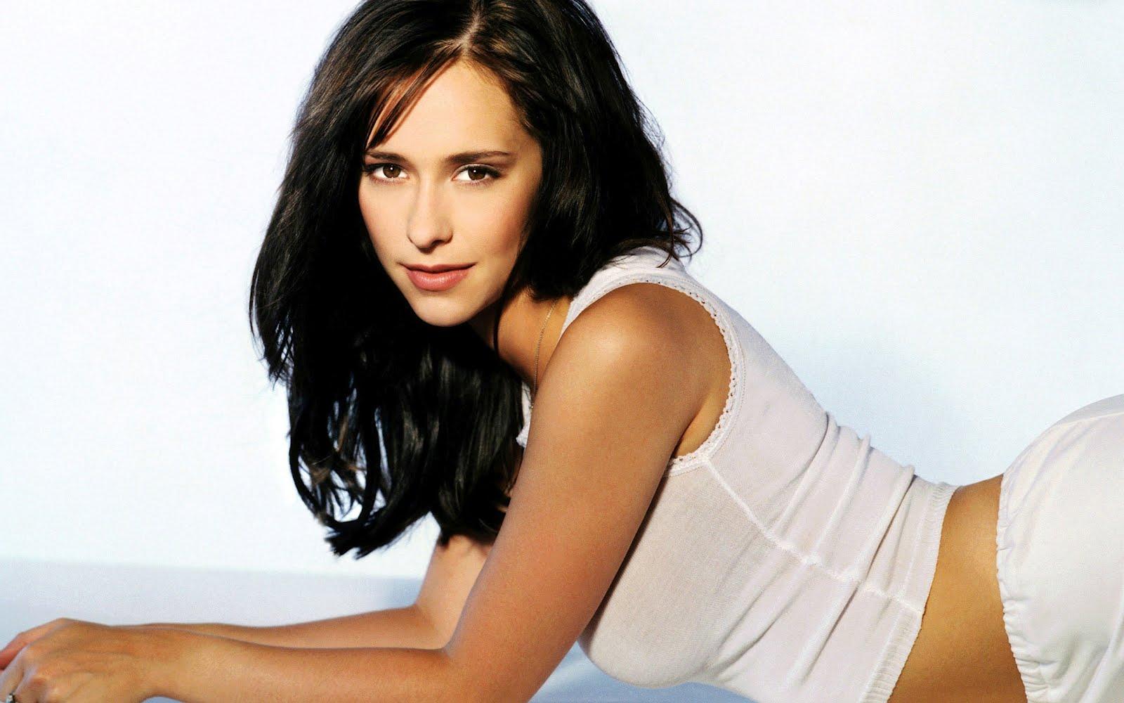 http://3.bp.blogspot.com/-d--mHUFBaKw/T9NLbe_MKeI/AAAAAAAABQ4/2h7v8RiDeYQ/s1600/Jennifer%2BLove%2BHewitt%2BHairstyles%2BPictures%2B8.jpg